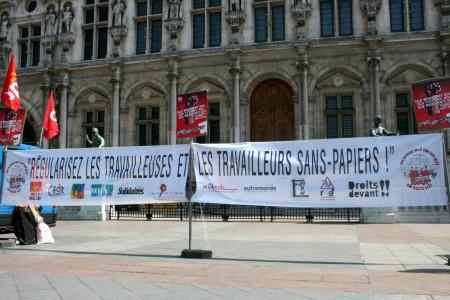 sanspapiers_greve_hoteldeville-2010