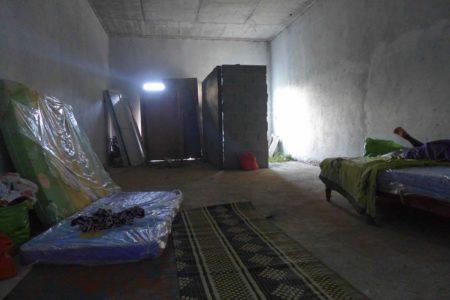"""""""chambre"""" en construction au Bengali"""