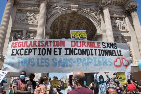 Manifestation à Marseille pour la régularisation des sans-papiers