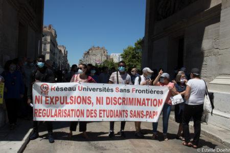 Ni expulsion ni discrimination